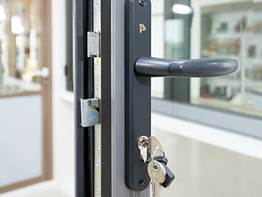 The role of hardware accessories for aluminum alloy doors and windows